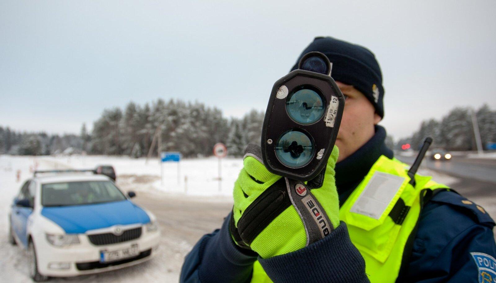 Liikluspolitsei mõõtis Tartu lähedal sõitva auto kiiruseks 190 km/h.