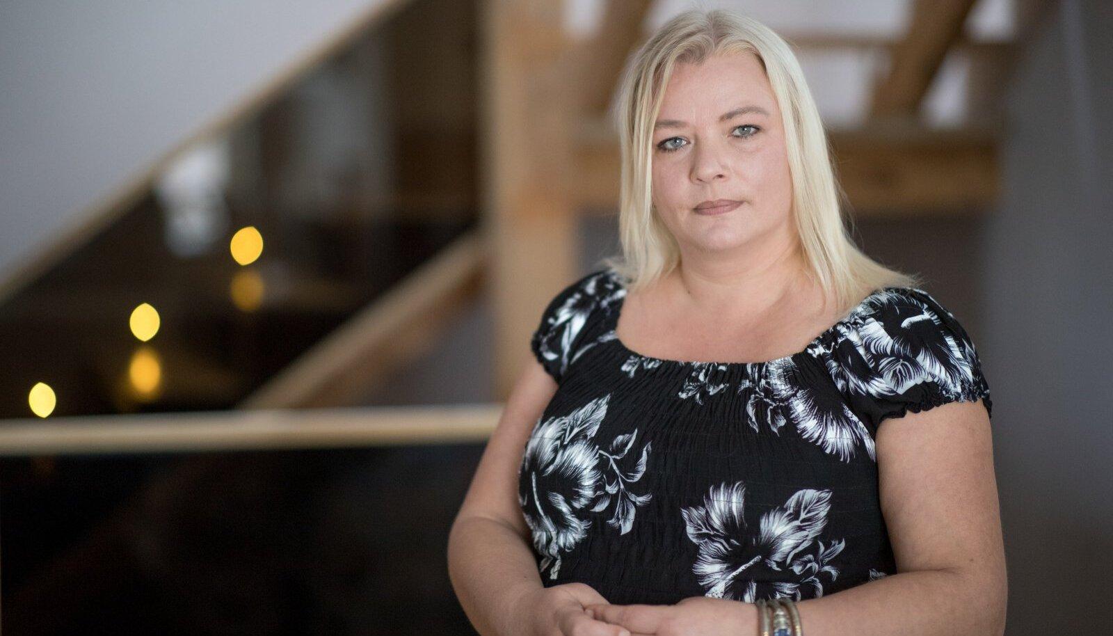 """EI NÄE ENDAL SÜÜD: """"Kodutunde eestrvedaja"""" Kristi Loigo loodab, et skandaal vaibub."""