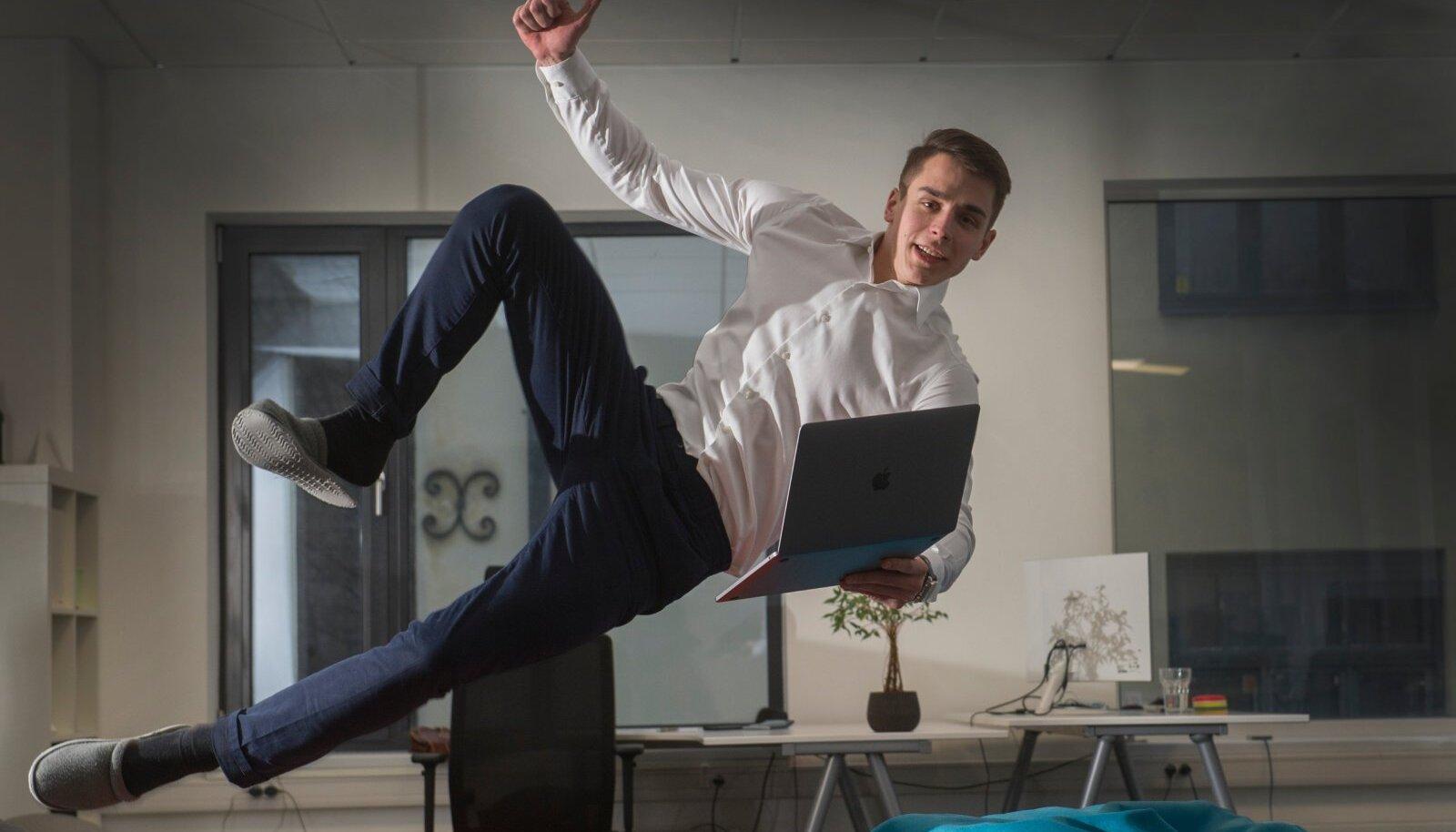 KÕIK ON LUBATUD: Vabaks.ee juht ja asutaja Marko Vaik poseeris Ekspressile aastal 2018 hoopis oma idufirma Data.me asjus.