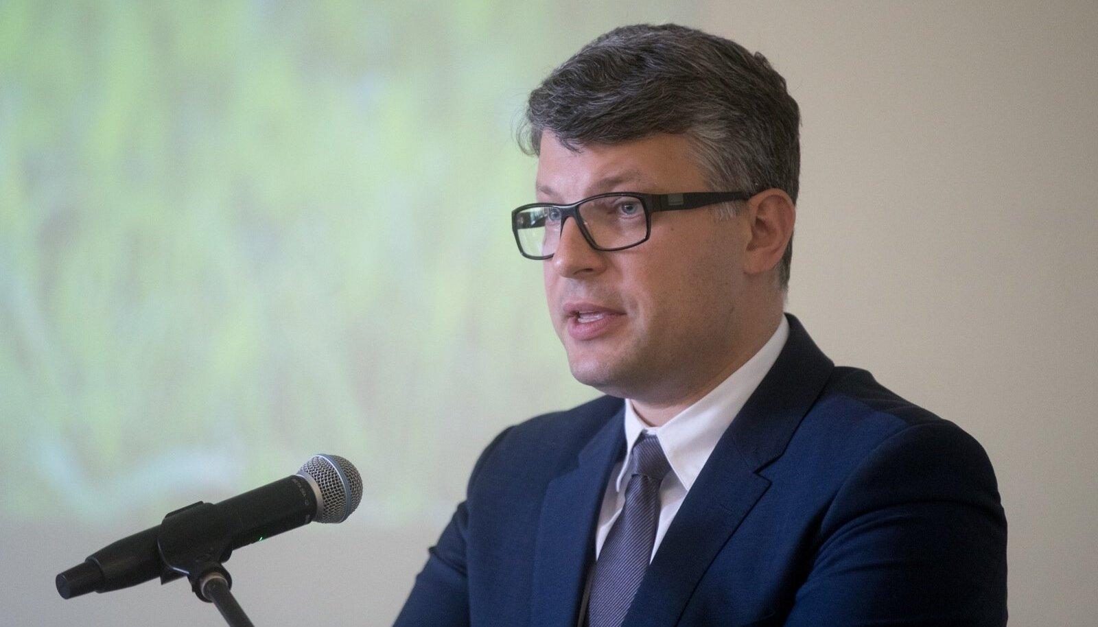 Keskerakonna peasekretär Mihhail Korb ootab, et Edgar Savisaare altkäemaksu protsess jääks erakonna jaoks minevikku.