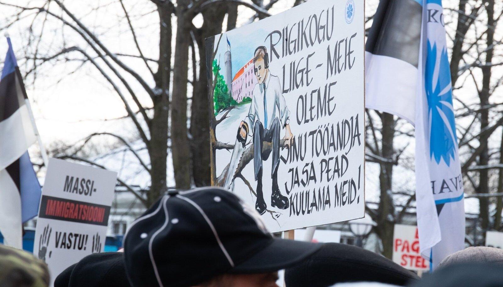 EKRE toetajad protestisid ränderaamistiku vastu