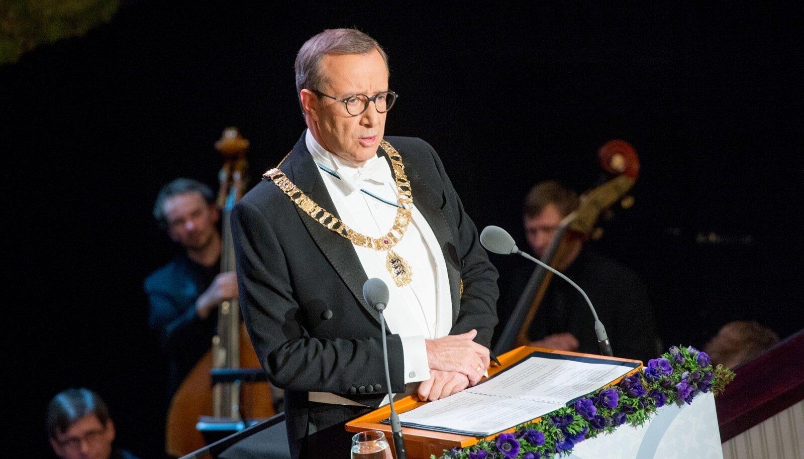 President Toomas Hendrik Ilves vabariigi aastapäeva kõnet pidamas