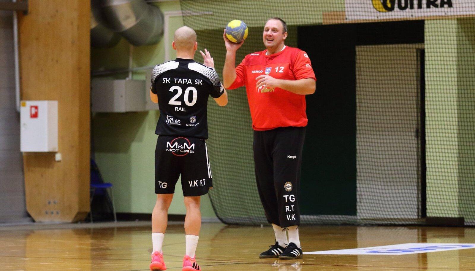 Rail Ageni ja Mikola Naum