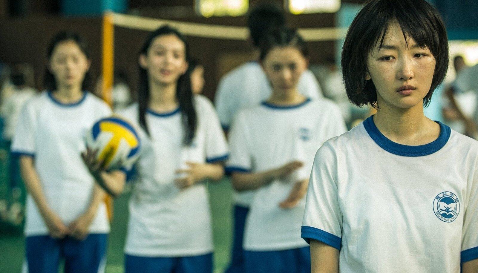 """""""Paremad päevad"""" on aus ja julm sissevaade Hiina kooliellu."""