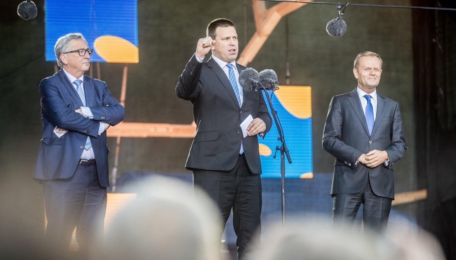Eesti Euroopa Liidu eesistumise kontsert Vabaduse väljakul