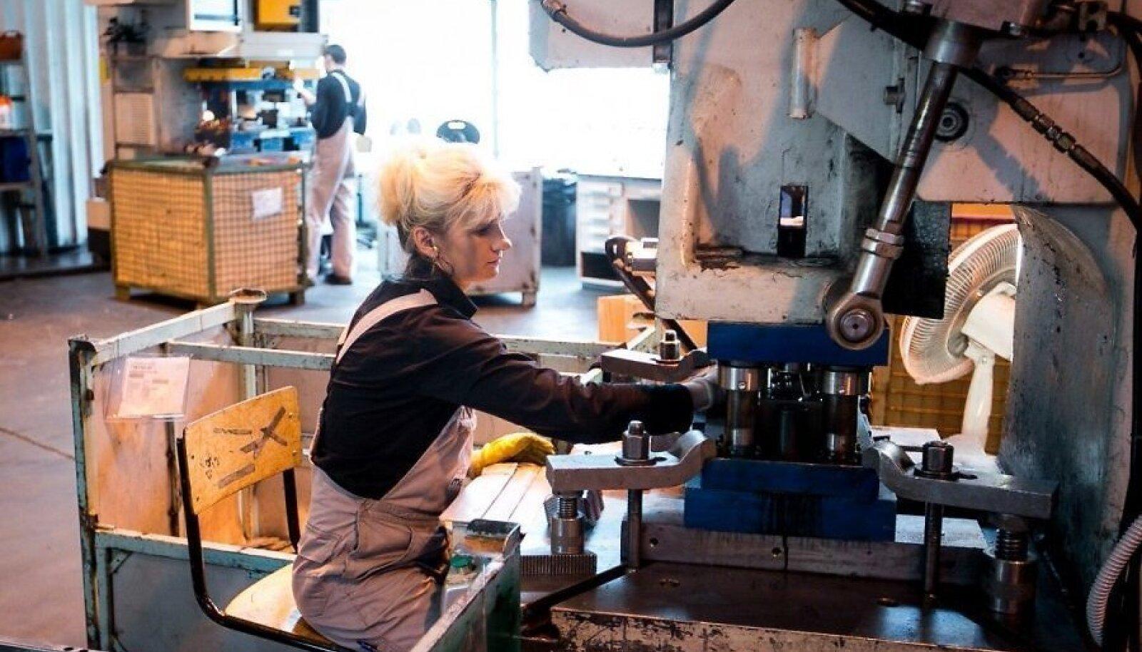 Audi ja BMW detaile tootev tehas ei leia töötajaid