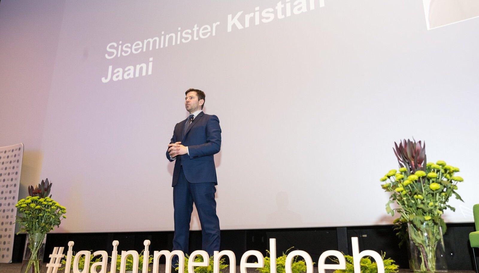 MEIE UUS ESISALASTAJA: Siseminister Kristian Jaani viib ellu loosungit: Iga inimene loeb, aga teada ei tohi ta midagi!