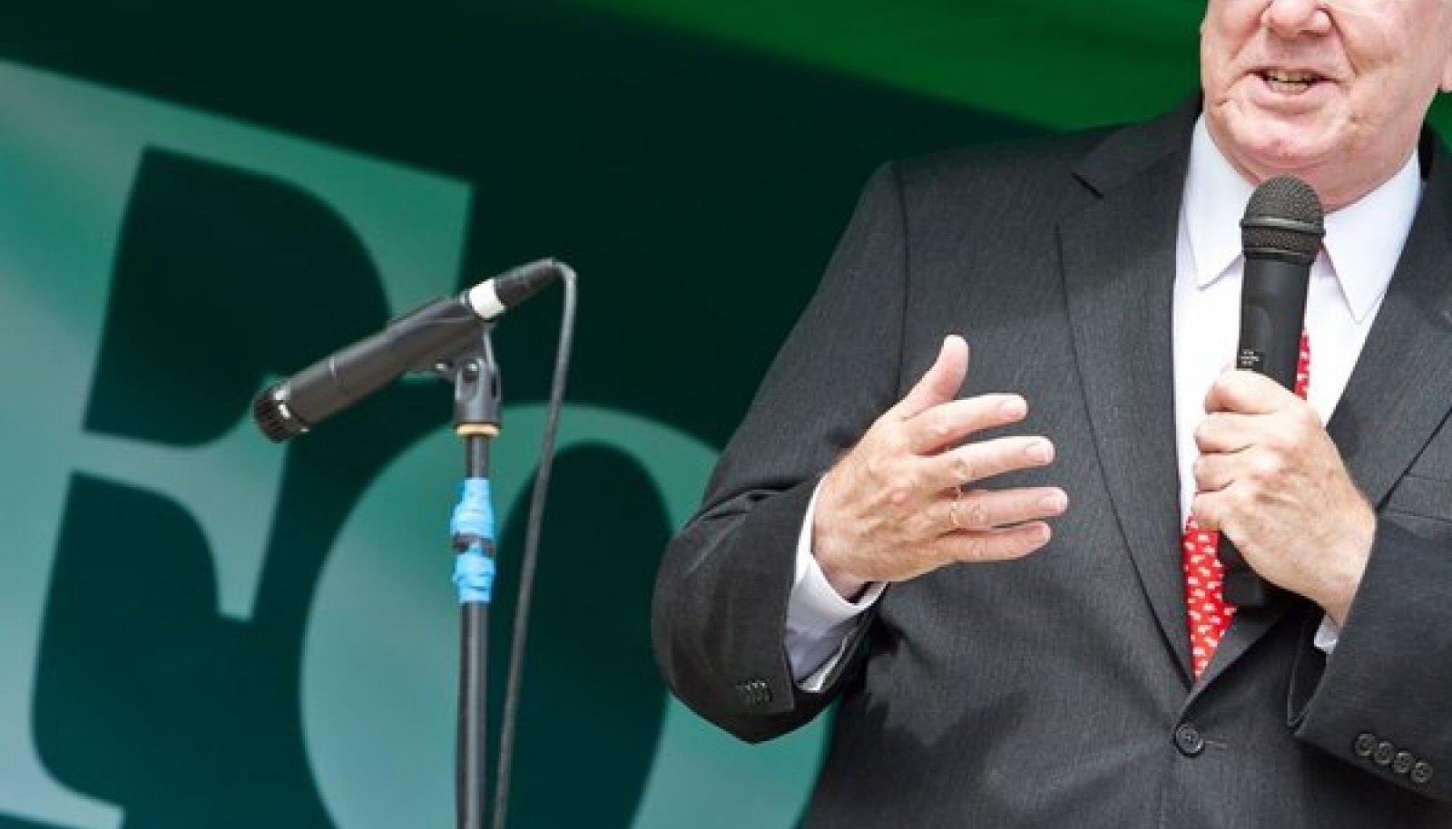 Forbesi peatoimetaja Steve Forbes