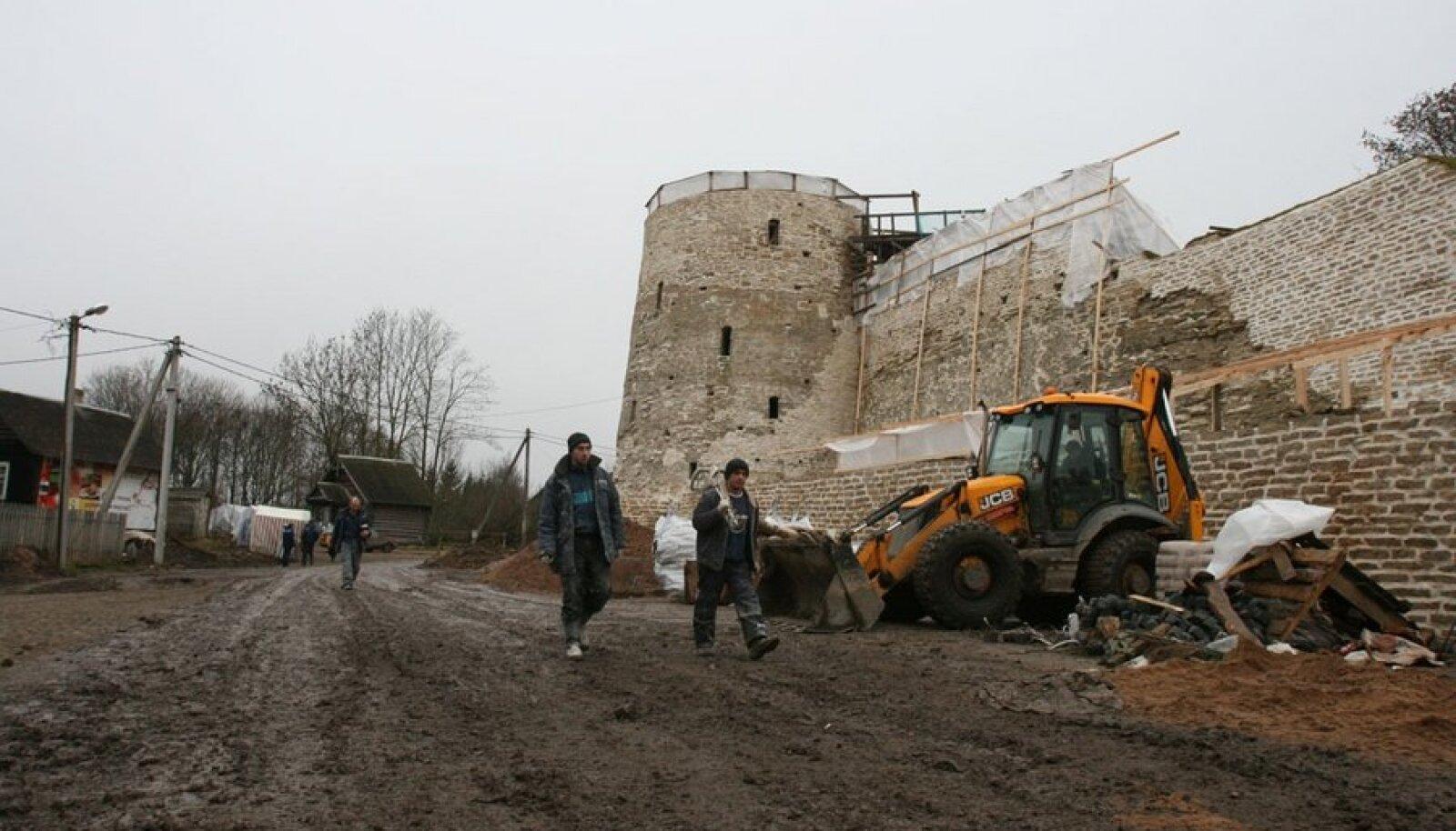 Taastamine käib, projekt valmib samal ajal. Foto: Rein Sikk