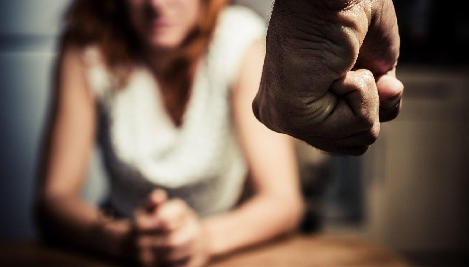 """""""MA ENAM EI LÖÖ!"""" See lause on sageli vale: mullu lähisuhtevägivalla all kannatanutest ligi 40% on viimase viie aasta jooksul korduvalt vägivalla ohvriks sattunud."""