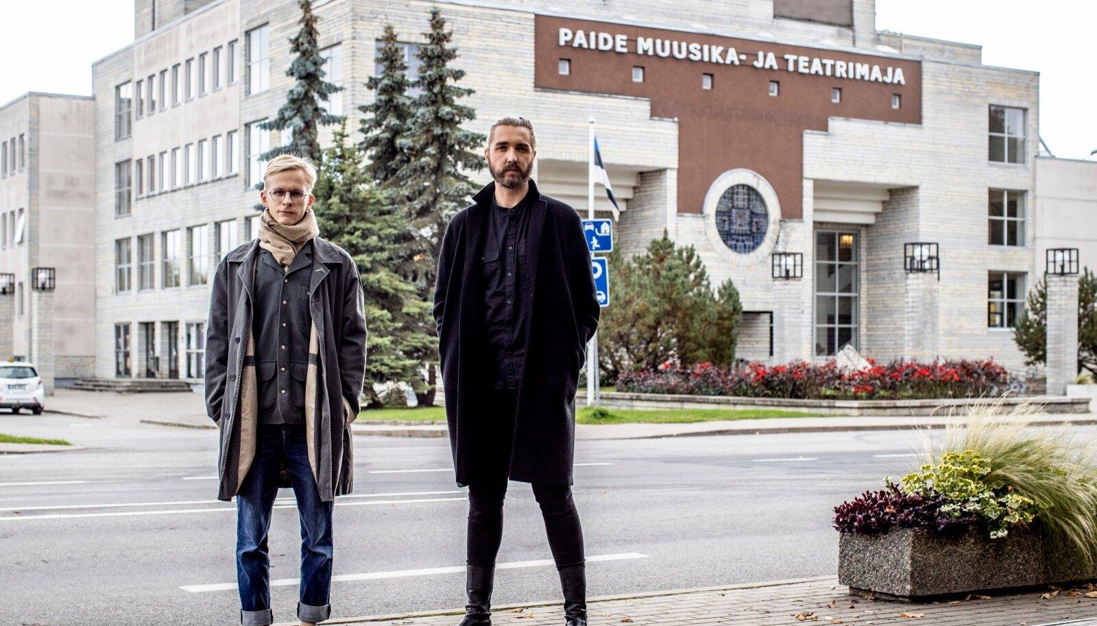 Oliver Issak ja Jan Teevet toovad kohaliku poliitika lavale. 100 päeva jooksul tulevad Paide teatri lavale linnaelanikud, kes arutavad omakeskis läbi kõik samad küsimused, mis ka linnavolikogu laual on.