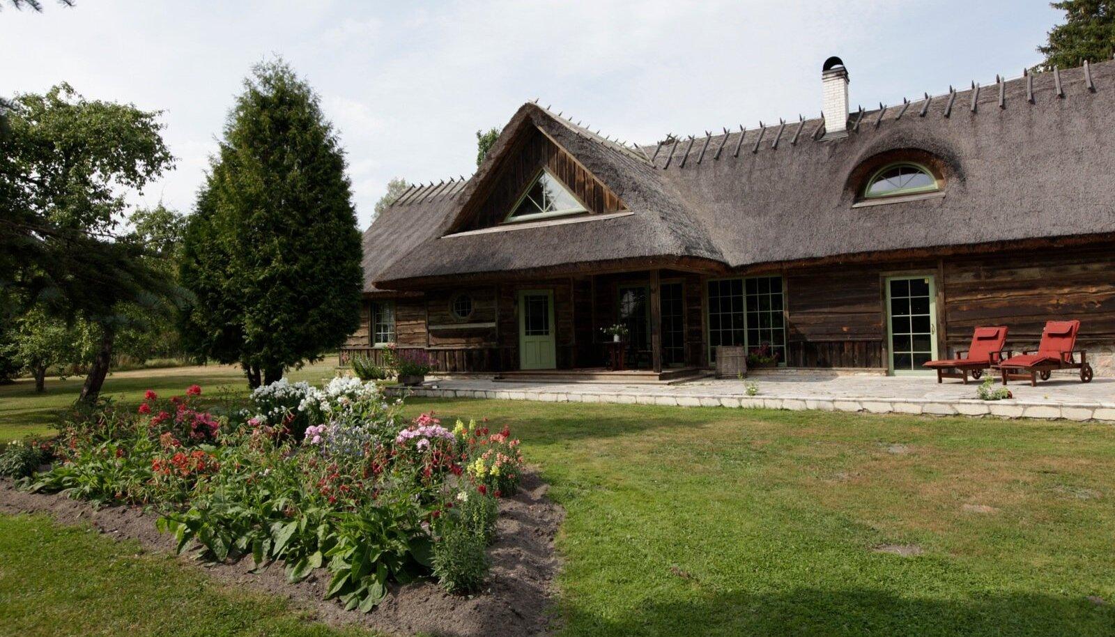 Oleg ja Kristina Epneri Suureküla talu, mis asub Väike-Ahli külas Läänemaal.