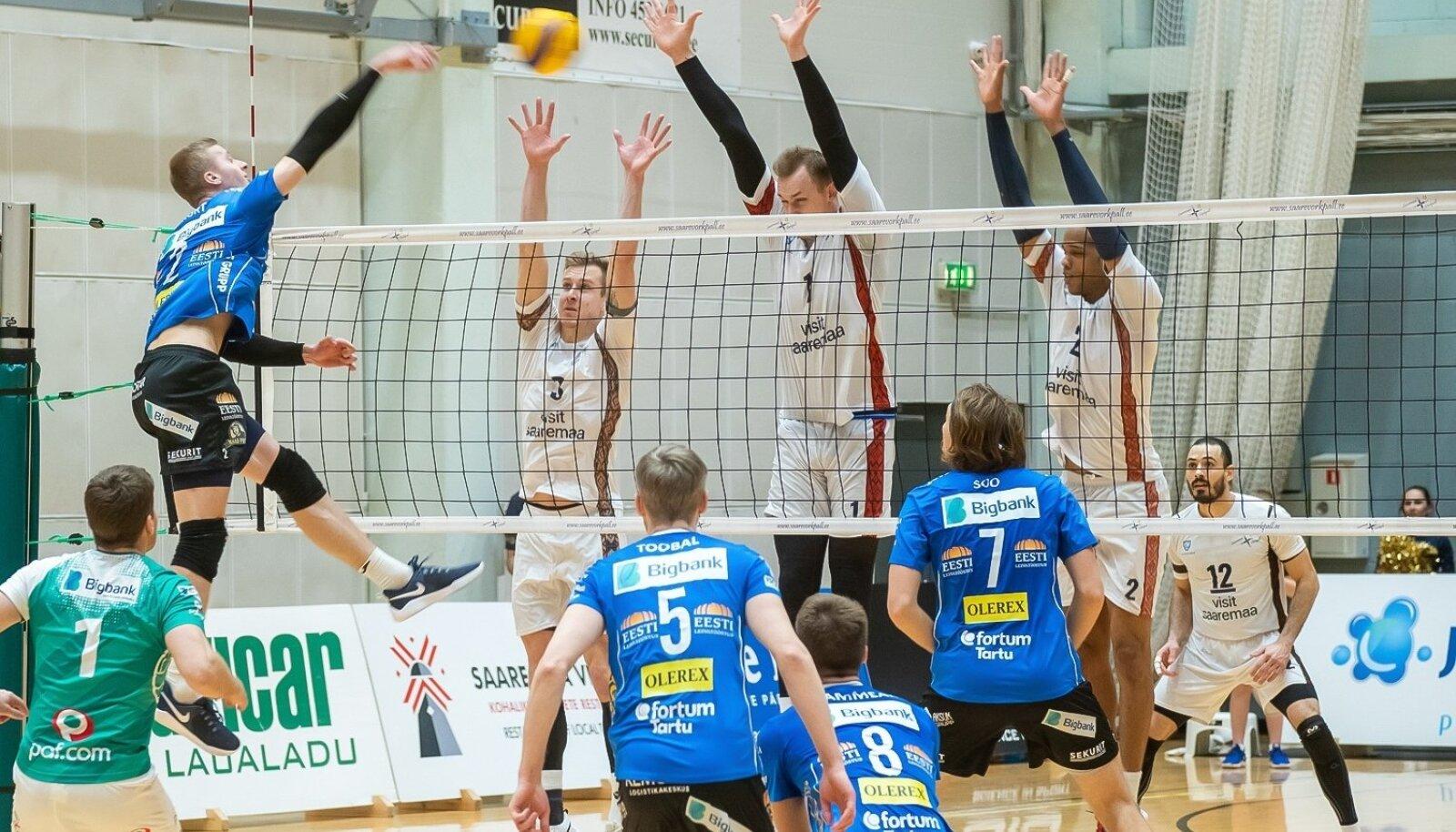 Credit 24, Saaremaa ja Bigbank Tartu , võrkpall 3-0