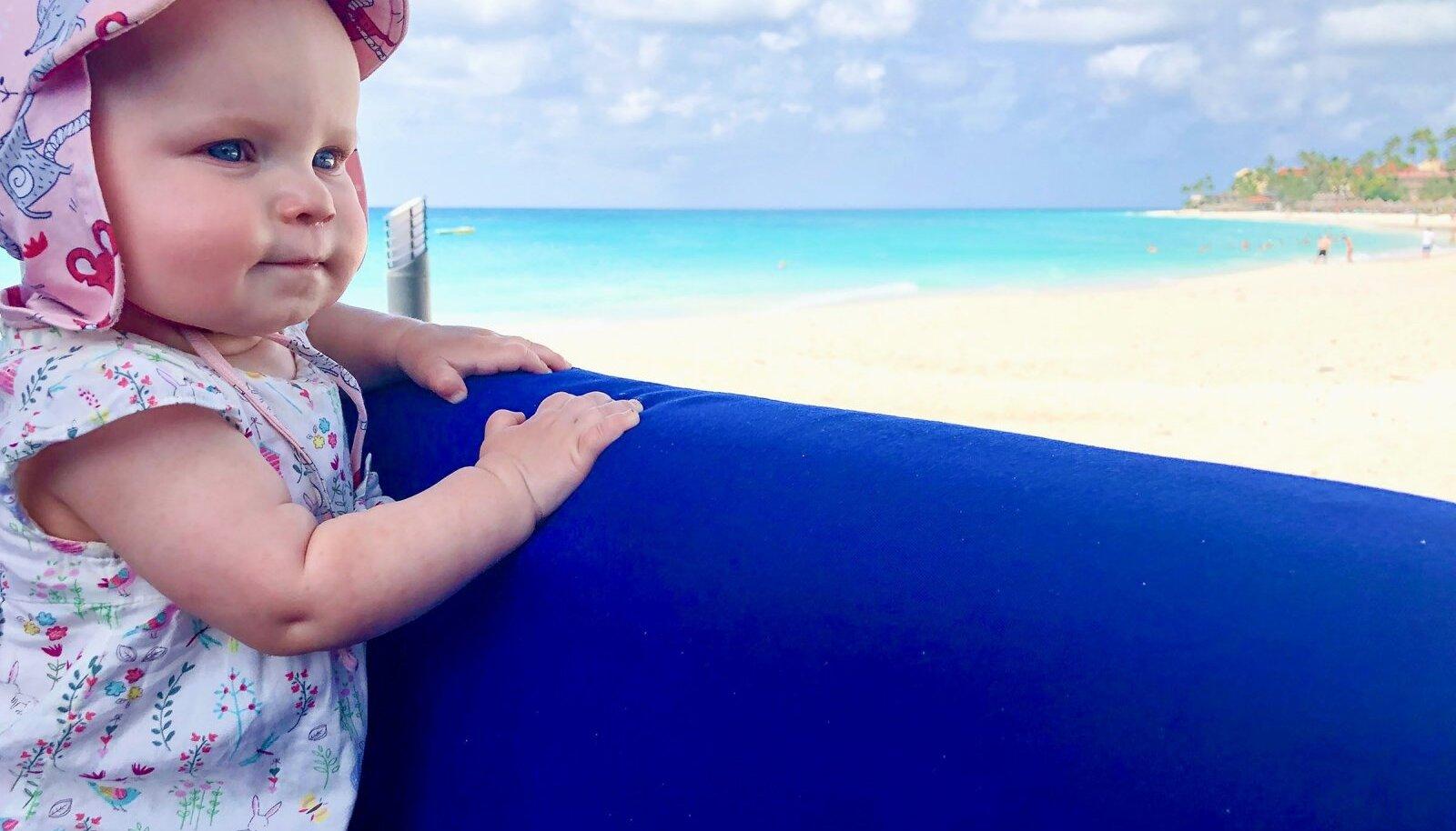 Pildil Jete-Liisa, 9 kuud
