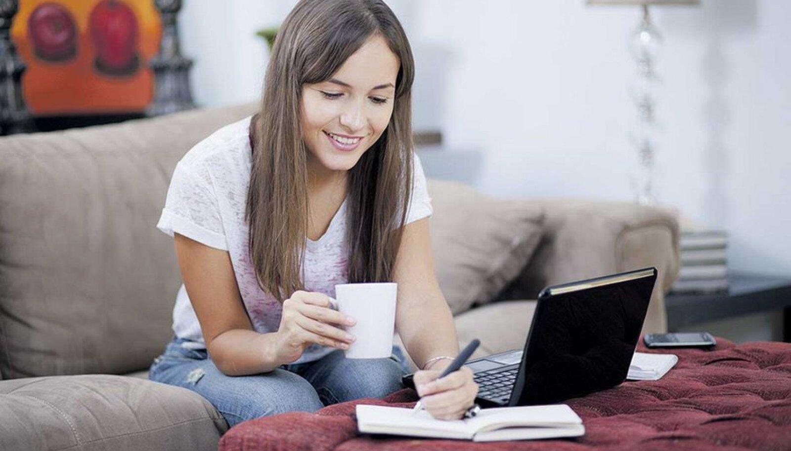Kui töö iseloom võimaldab, siis miks mitte lubada teha tööd kodus.