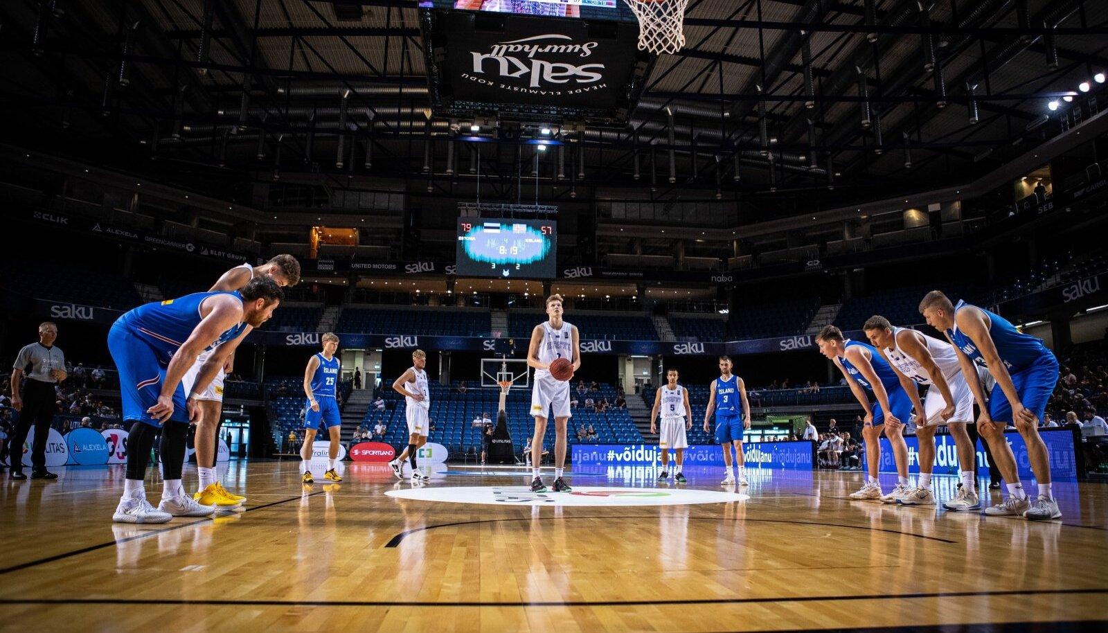 Eesti korvpallikoondise mäng Saku suurhallis.