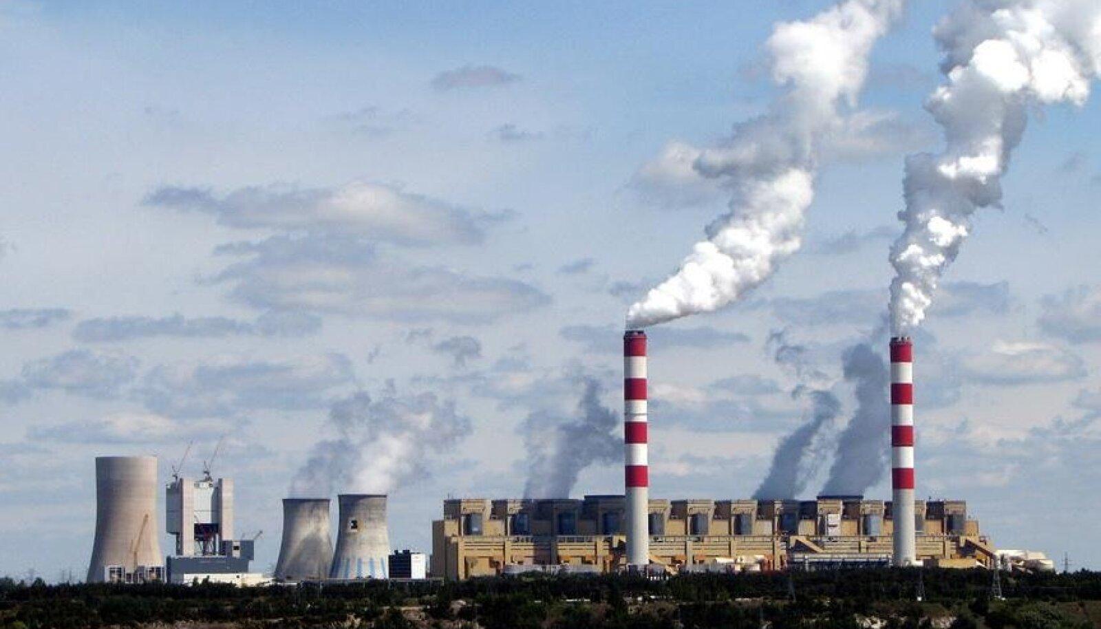Elektrownia Bełchatów (Foto: Fotopolska.eu, YarluFileBot / CC BY-SA 4.0 / Wikimedia Commons)