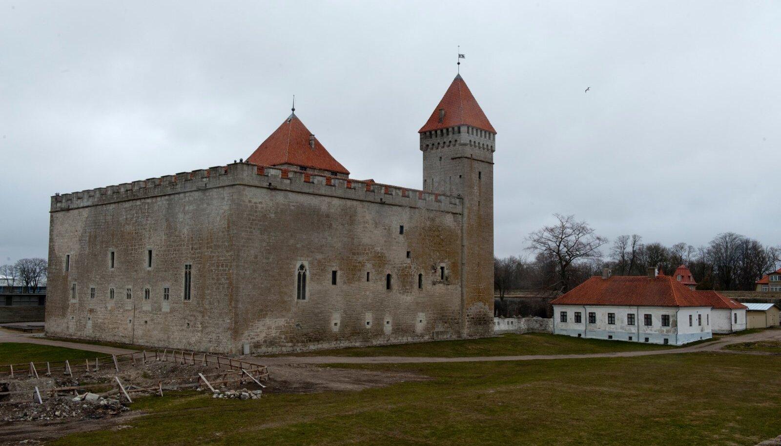 Saarlastel on mure, et vallajuhtimist nähakse ainult Kuressaare põhiselt, kuigi vald ise on ju Eesti suurim.