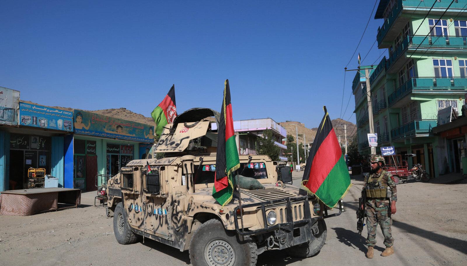 """""""Хаммер"""", полученный Афганистаном от американской армии"""