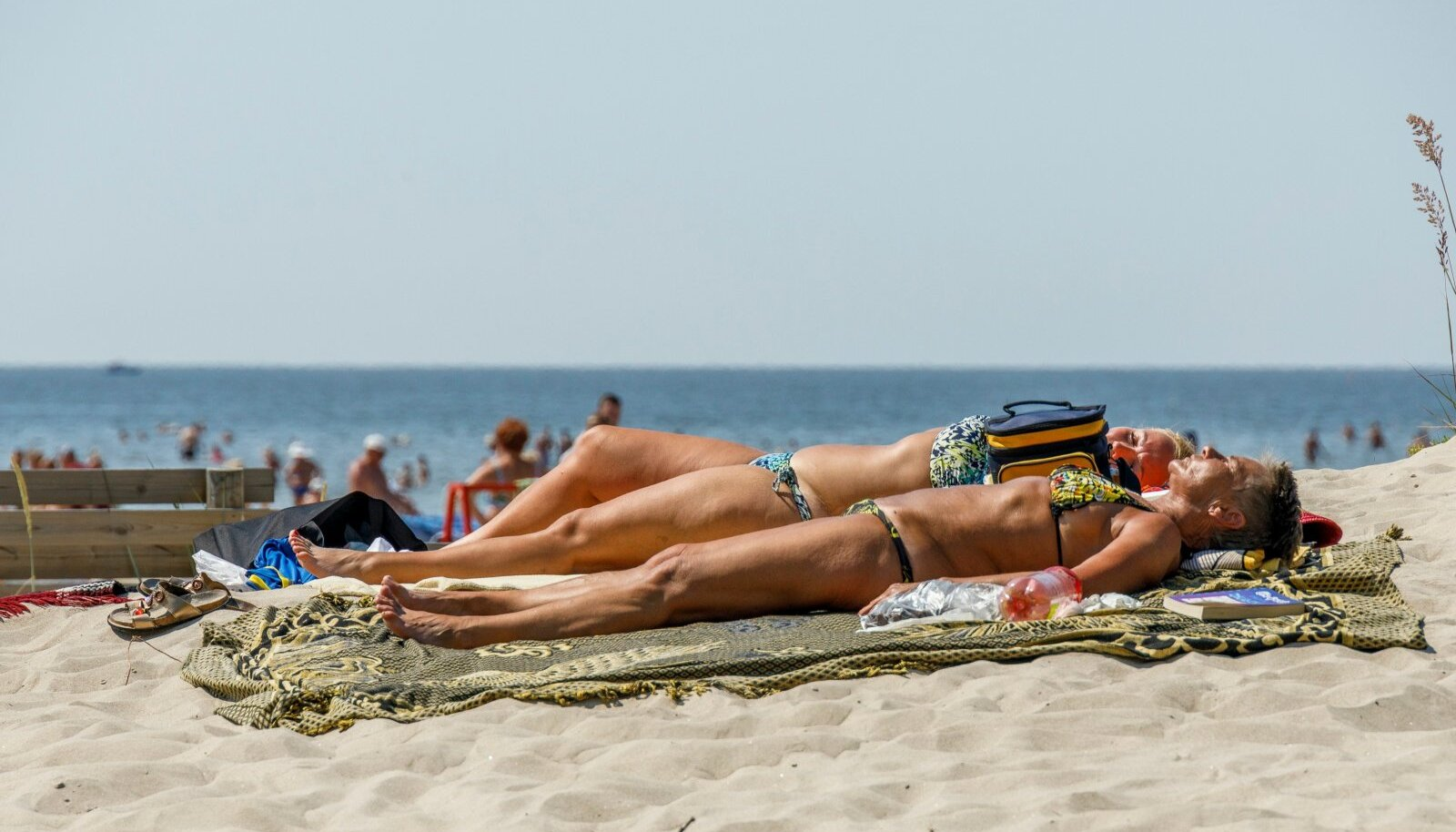 Pärnu ei ole ilus ainult suvel, rannaliival peesitades.