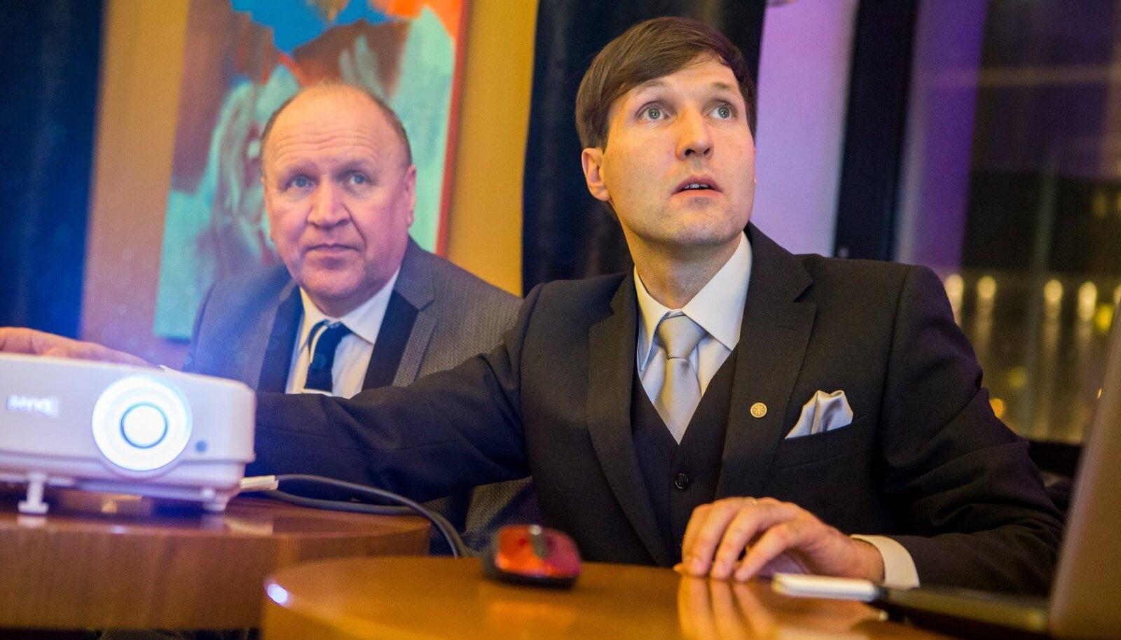 """""""Mis toimus valimistel näiteks Leedus viimane kord: nii ilmselgelt läbipaistev süvariigi skeem, mis seal käivitati ja mis seal õnnestus läbi suruda,"""" kirjeldas riigikogulane Mart Helme oktoobrikuus aset leidnud Leedu valimisi."""