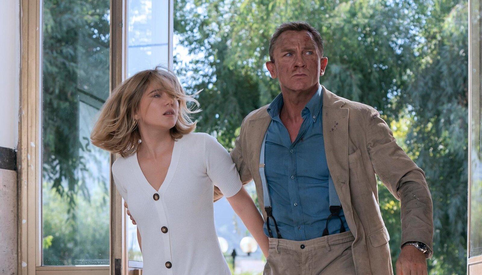 """BOND JA TEMA PRUUT: Oma viienda ja viimase rolli James Bondina teeb filmis """"Surm peab ootama"""" Daniel Craig, tema kallimat Madeleine'i kehastab prantslanna Léa Seydoux."""