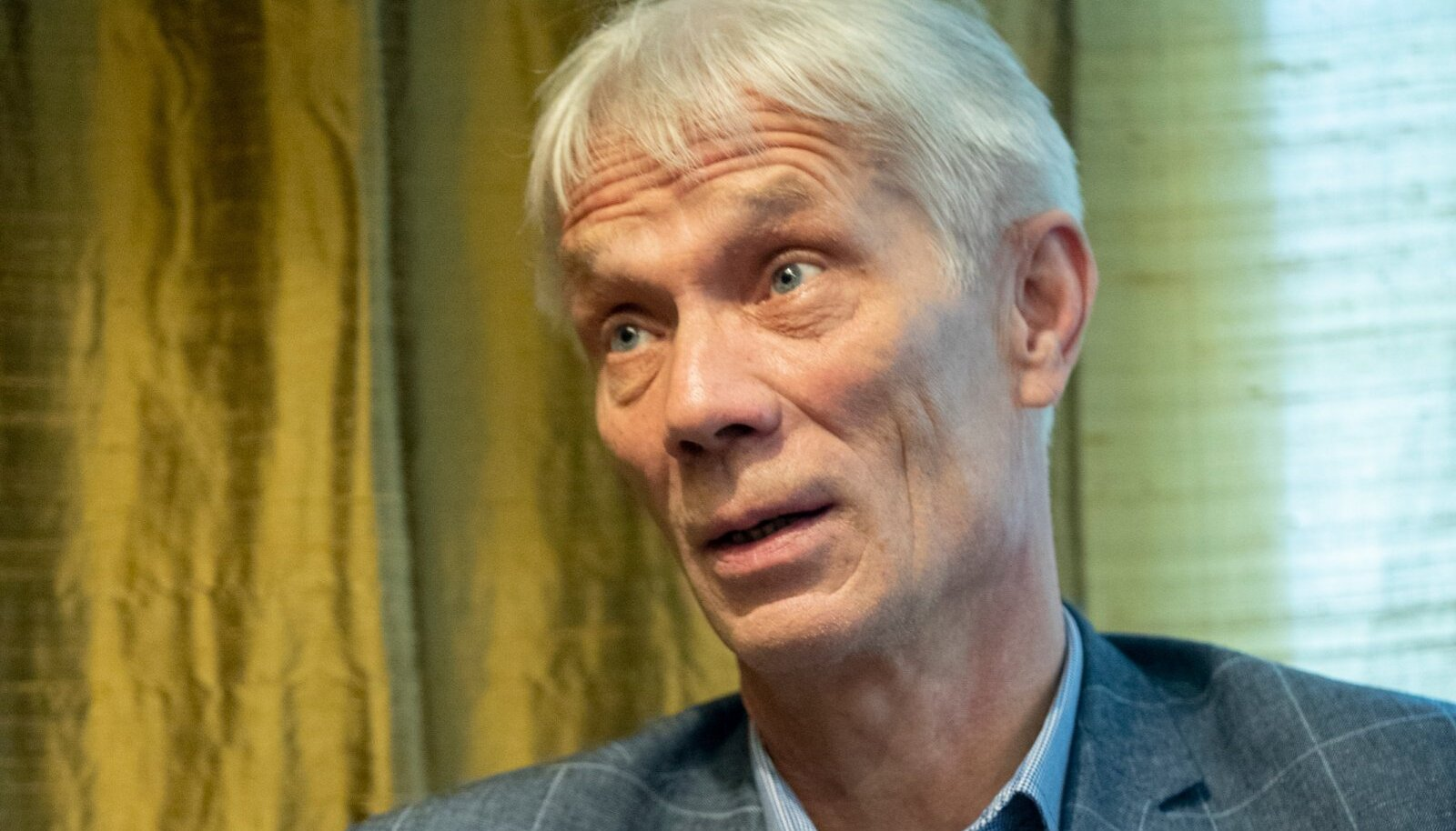 Rein Oja on läbi ja lõhki teatriinimene – tasakaalukas Eesti Draamateatri juhina, mõjuv laval näitlejana, aga ka oskuslik pedagoog.