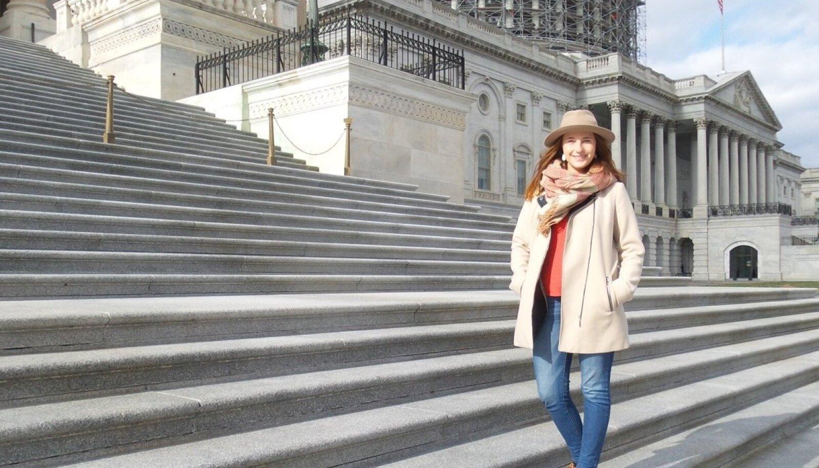 Capitol Hill, kus Karoline iga päev Eesti ameeriklaste ja ka Eesti huve esindab, on USA võimu üks olulisemaid keskusi.