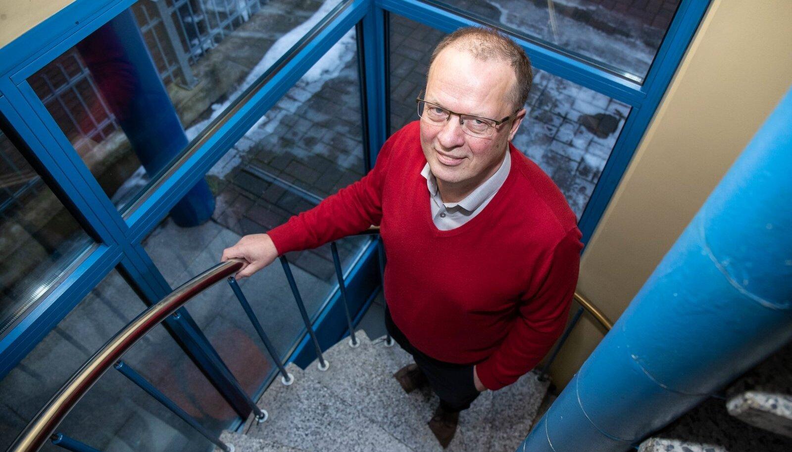 Tartu Ülikooli rakubioloogia professor ja Euroopa Ravimiameti uudsete ravimite komitee liige Toivo Maimets märgib, et mRNA vaktsiinid on teaduslikus mõttes suur läbimurre.