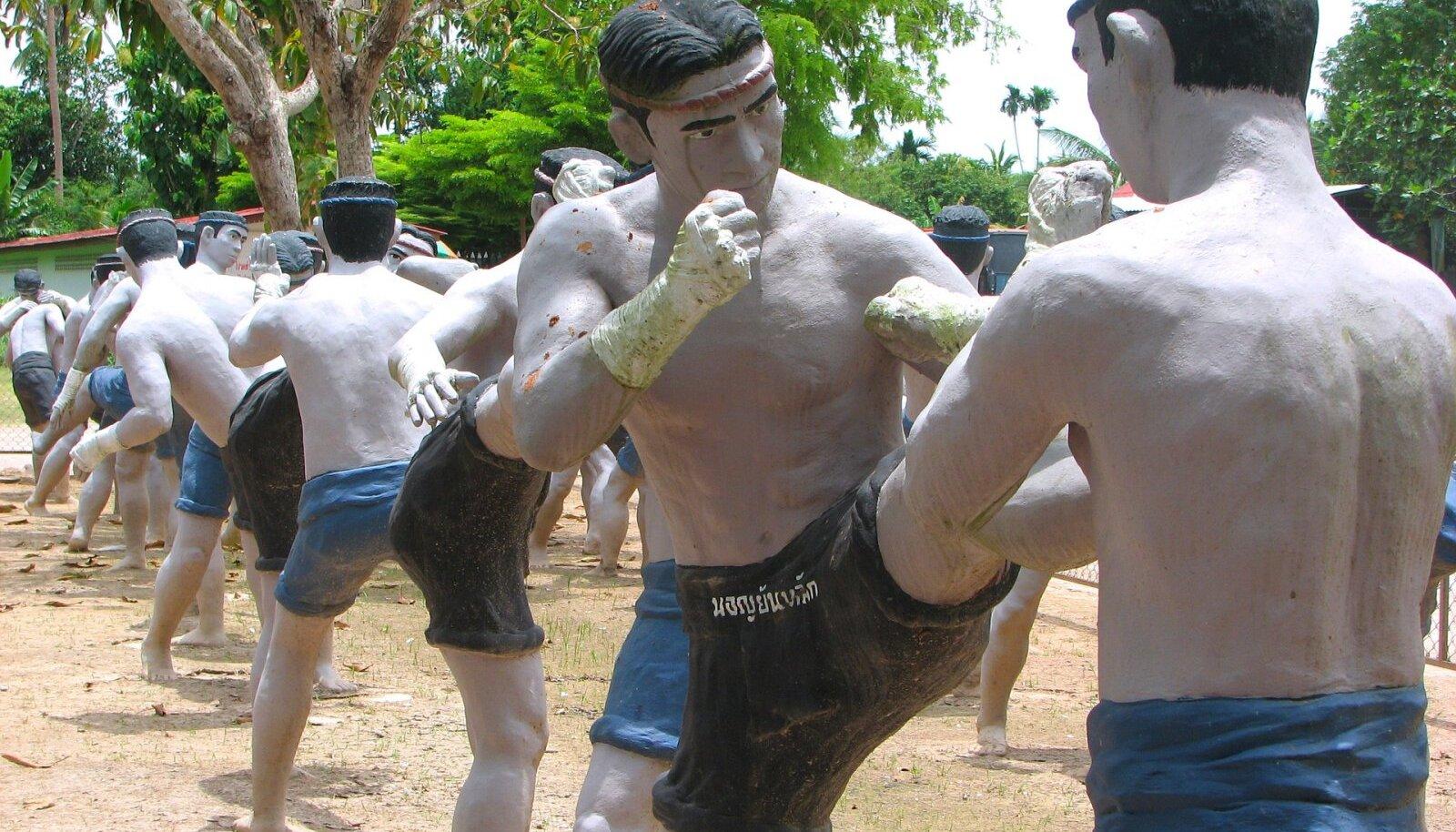 Wat Bang Kung, Samut Songkhram