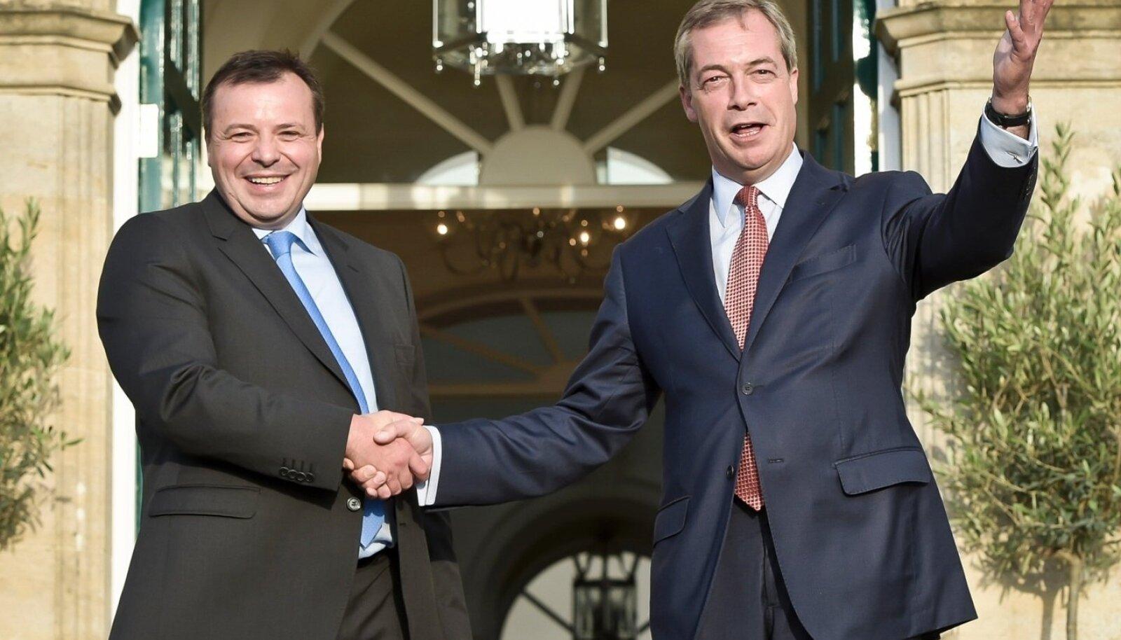 Arron Banks, Nigel Farage