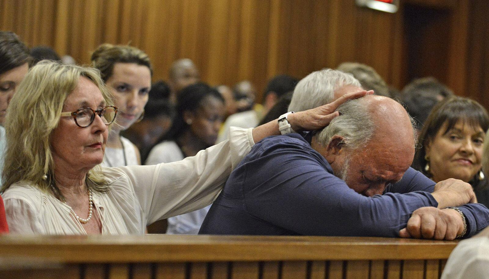 June ja Barry Steenkamp kohtus.