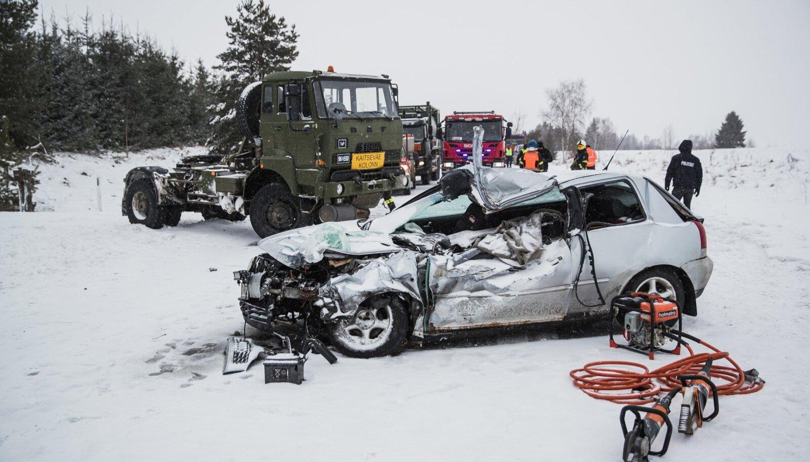 Liiklusõnnetus Põlva-Reola maanteel.