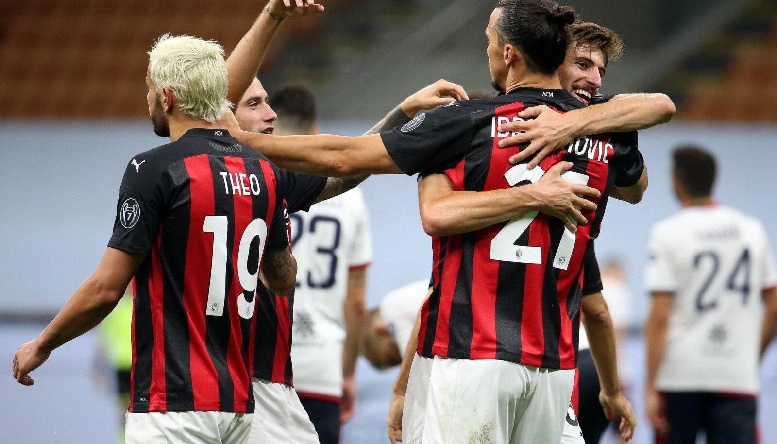 AC Milani mängijad tähistamas
