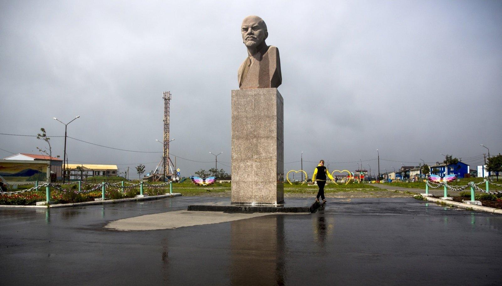SIIN ON VENEMAA: Lenini kuju Kunaširi peamises asulas Južno-Kurilskis.