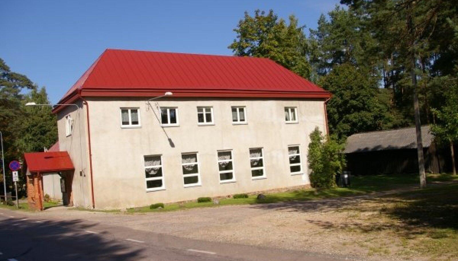 Priiuse seltsimaja