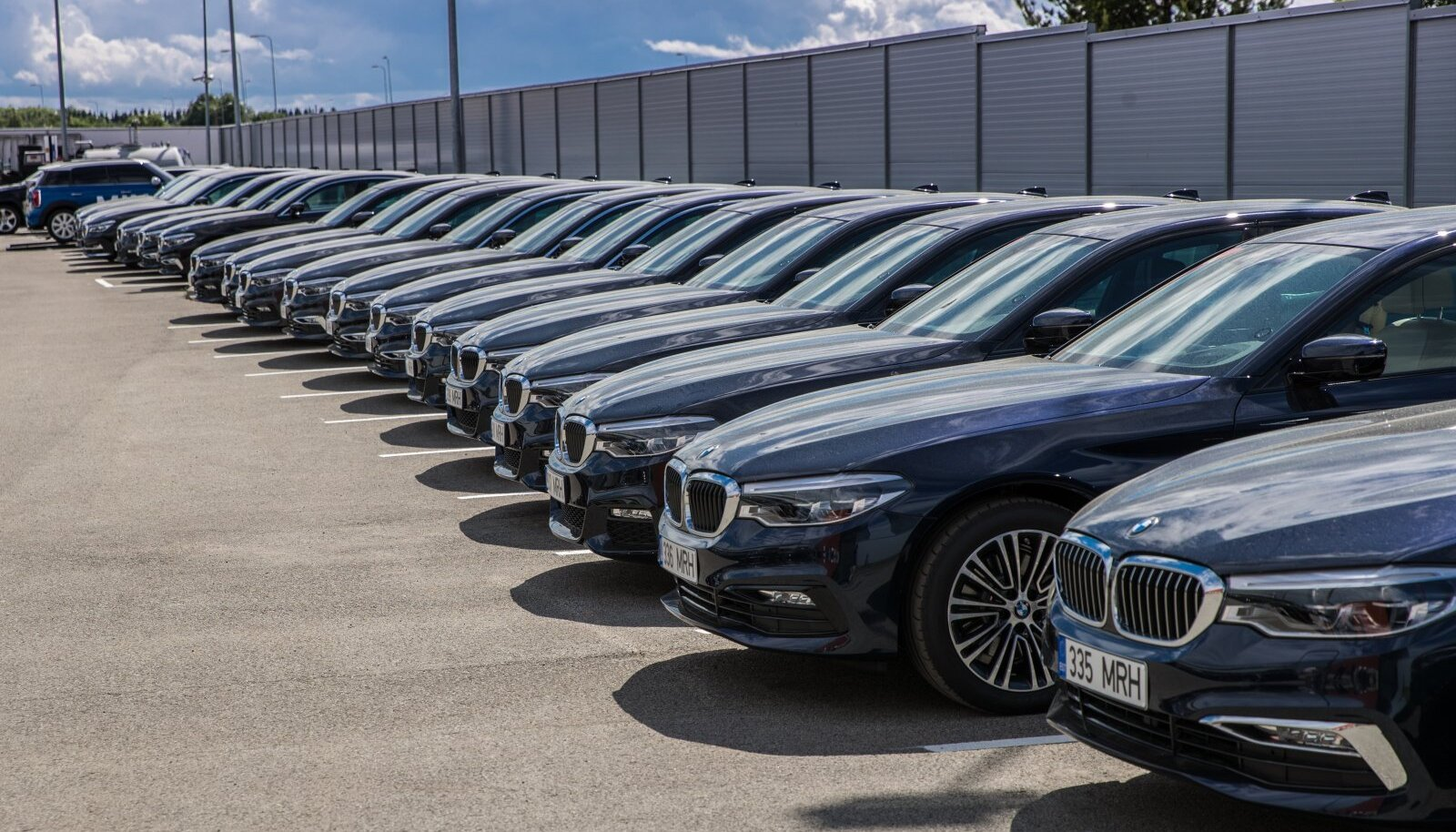 BMW'd millega eesistumise ajal VIP'e sõidutatakse