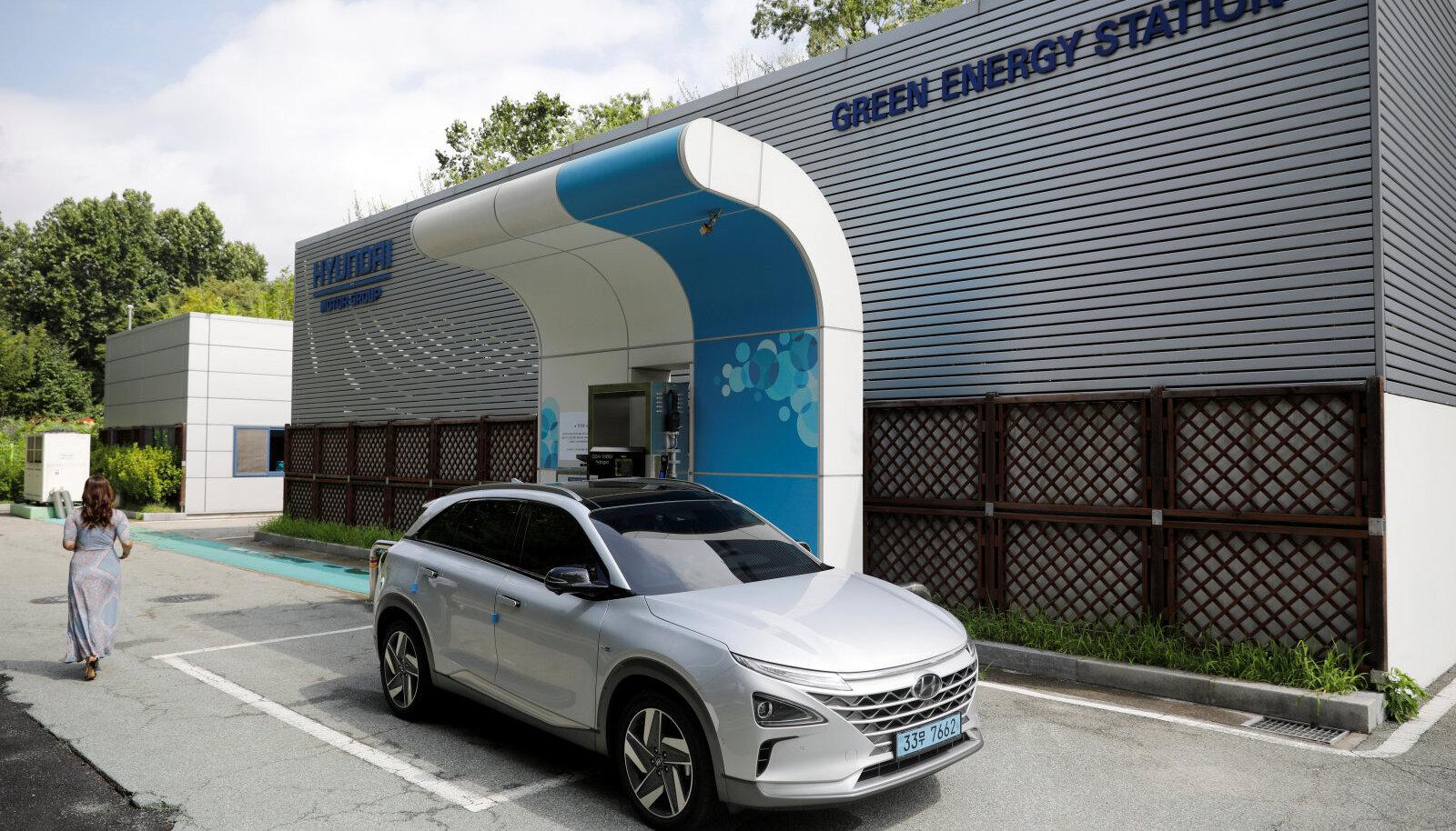 Hyundai Nexo tankimine vesinikuga