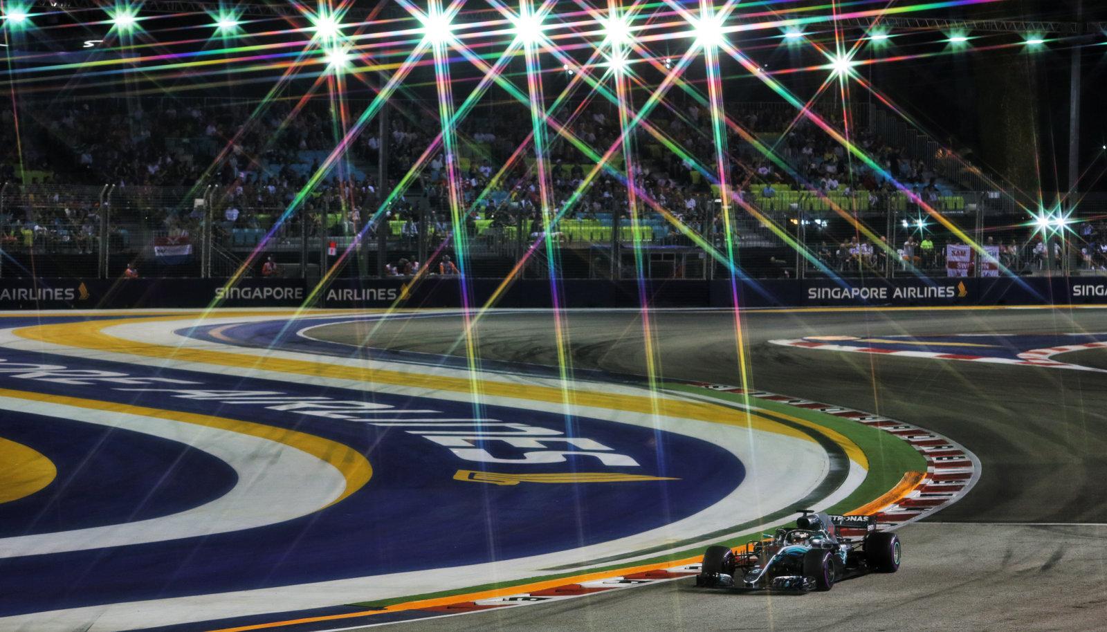 Lewis Hamilton Singapuri GP-l