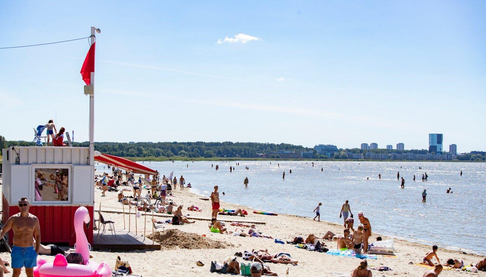 Rahvas Stroomi rannas 18.07.2020