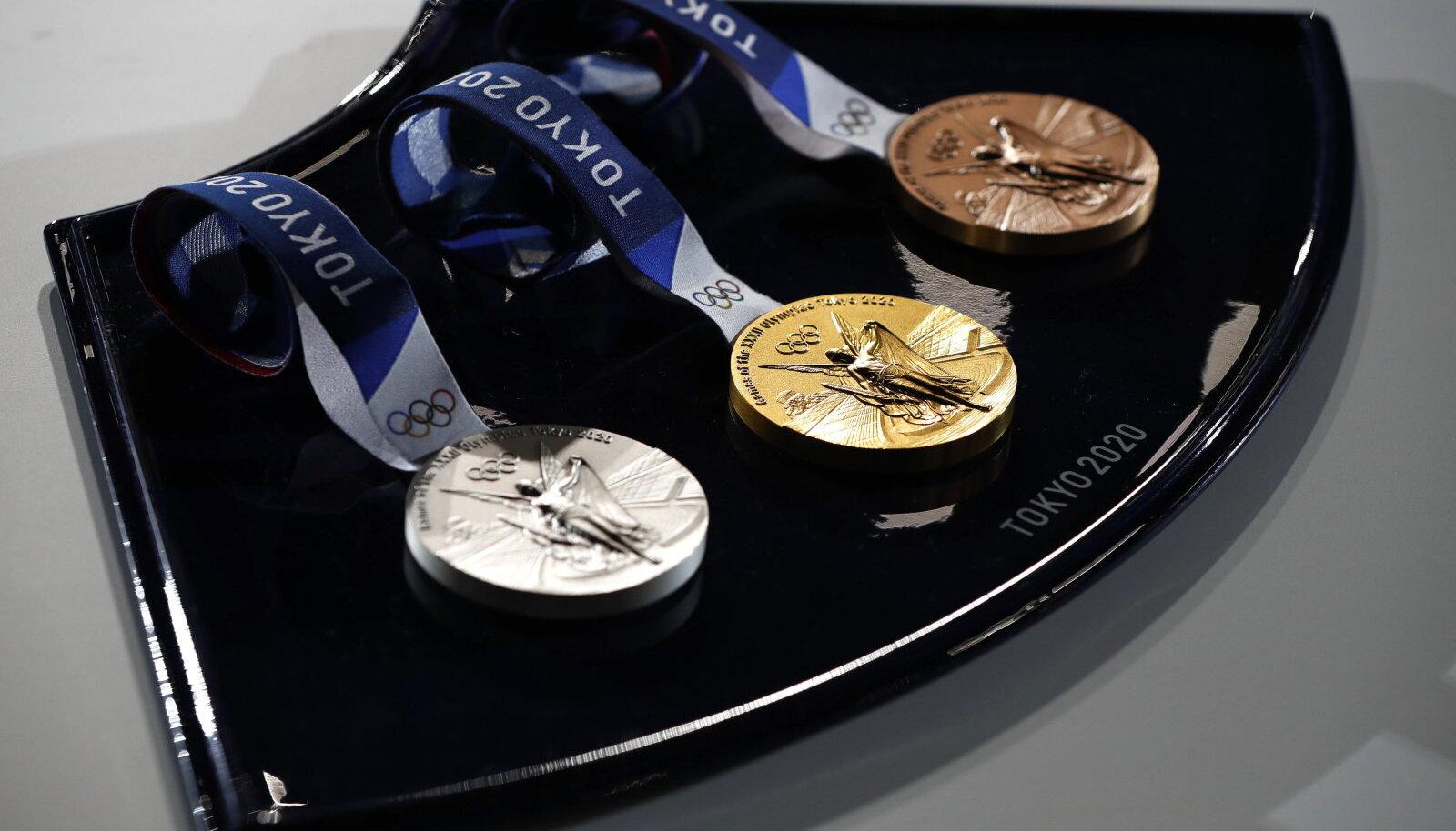 Медали Игр в Токио