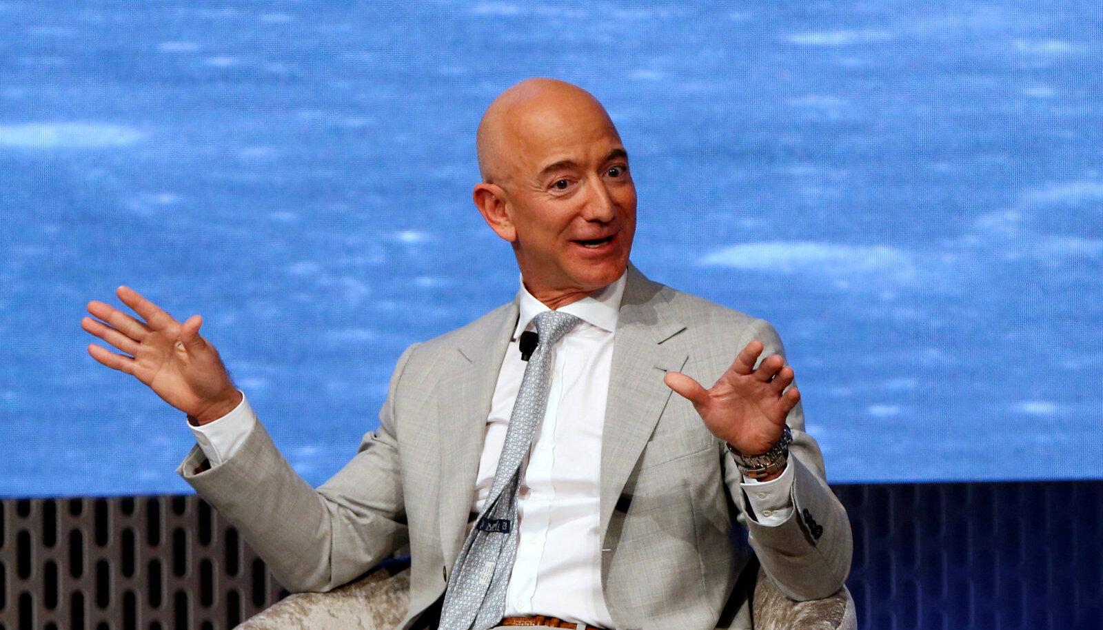 Maailma rikkaim inimene on Amazoni asutaja Jeff Bezos, kelle vara väärtus ulatub 180 miljardi dollarini