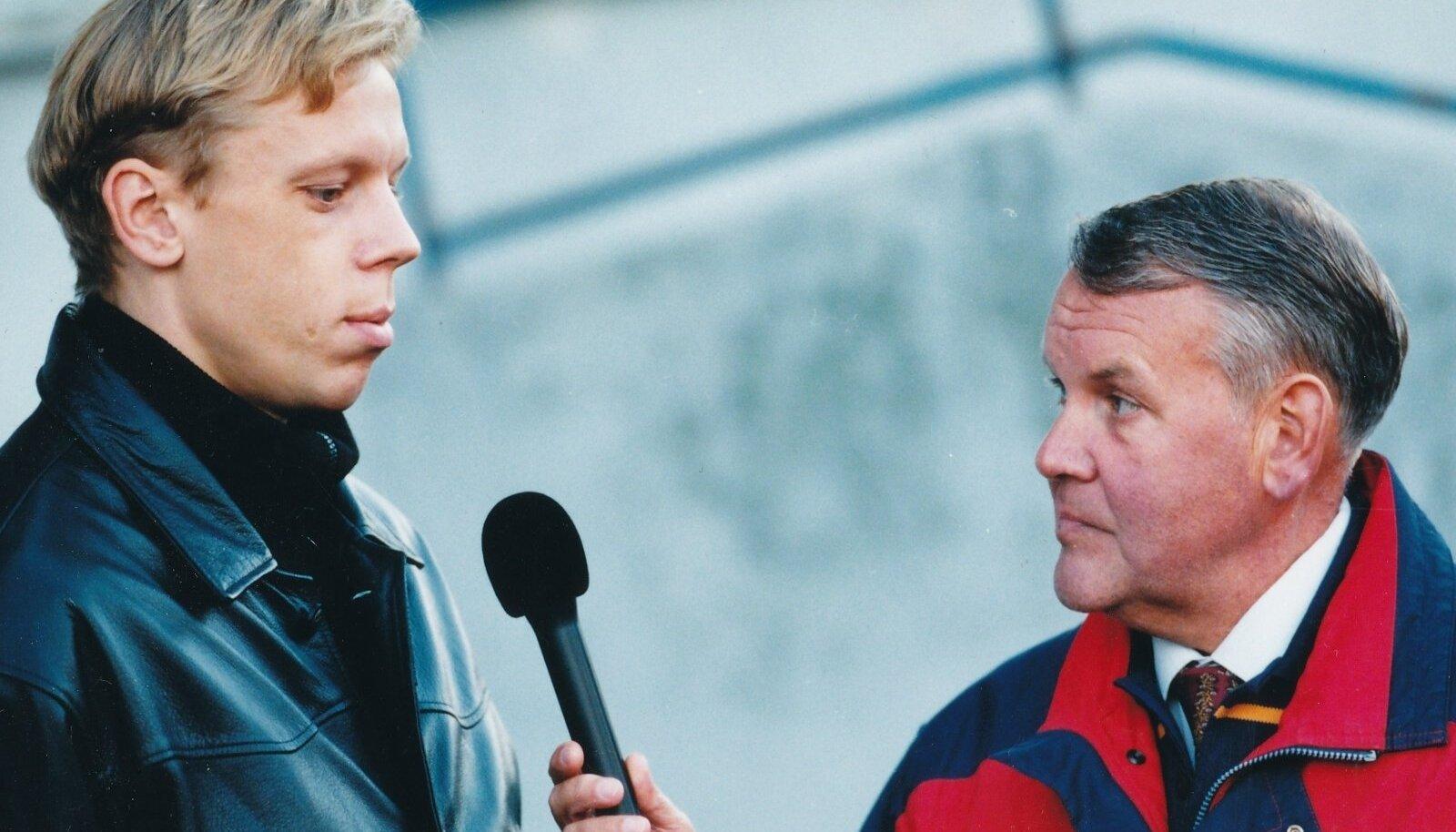 Noor Mart Poom ja telereporter Toomas Uba 1990. aastatel.