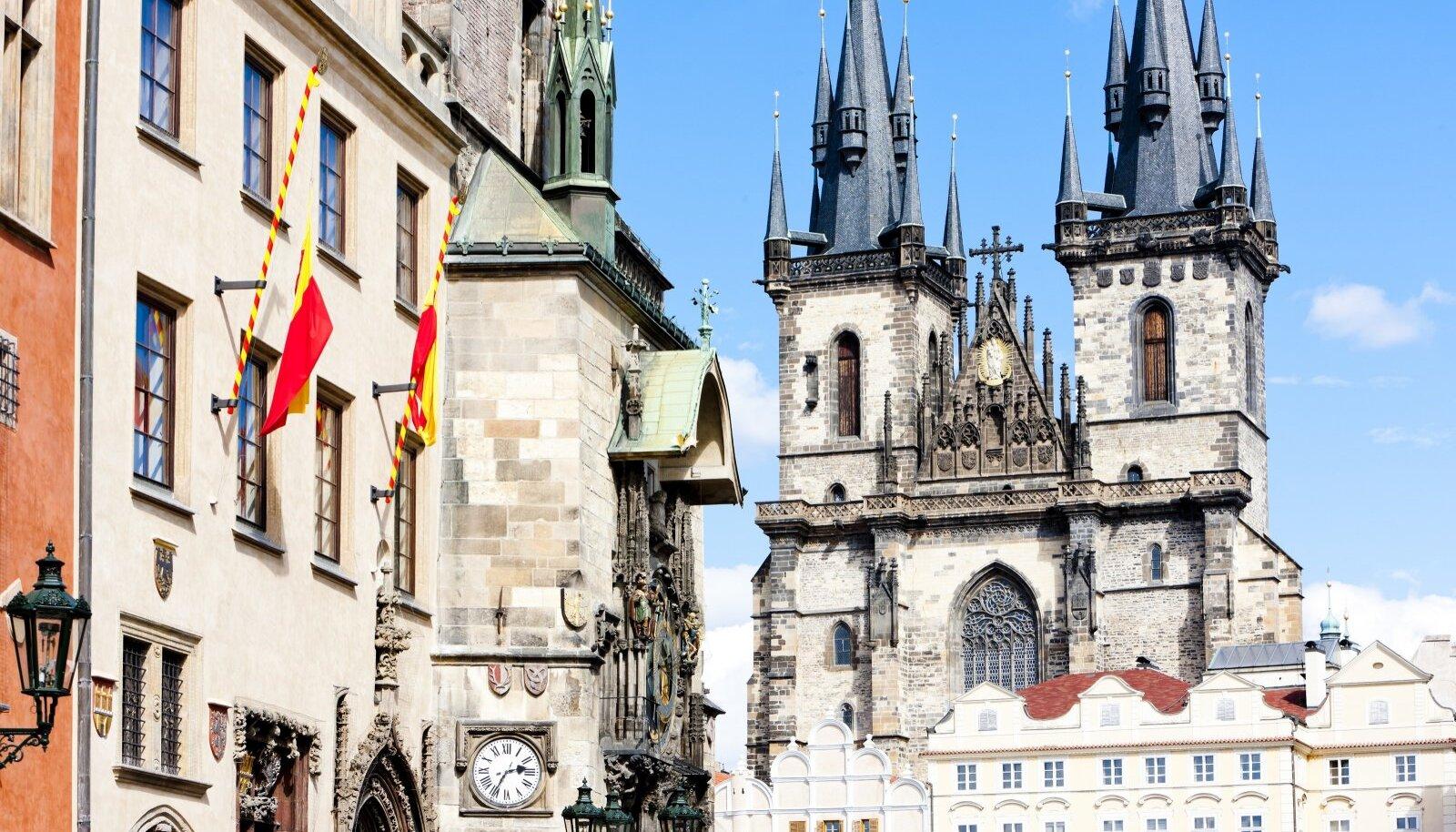 Katrin Pautsi Praha on ärev ja elav ning tuksub kiiresti kui tiisikeri süda. Fotol Staré Město, Praha vanalinn