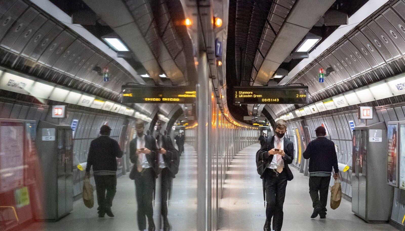 Londoni metroo 24. septembril