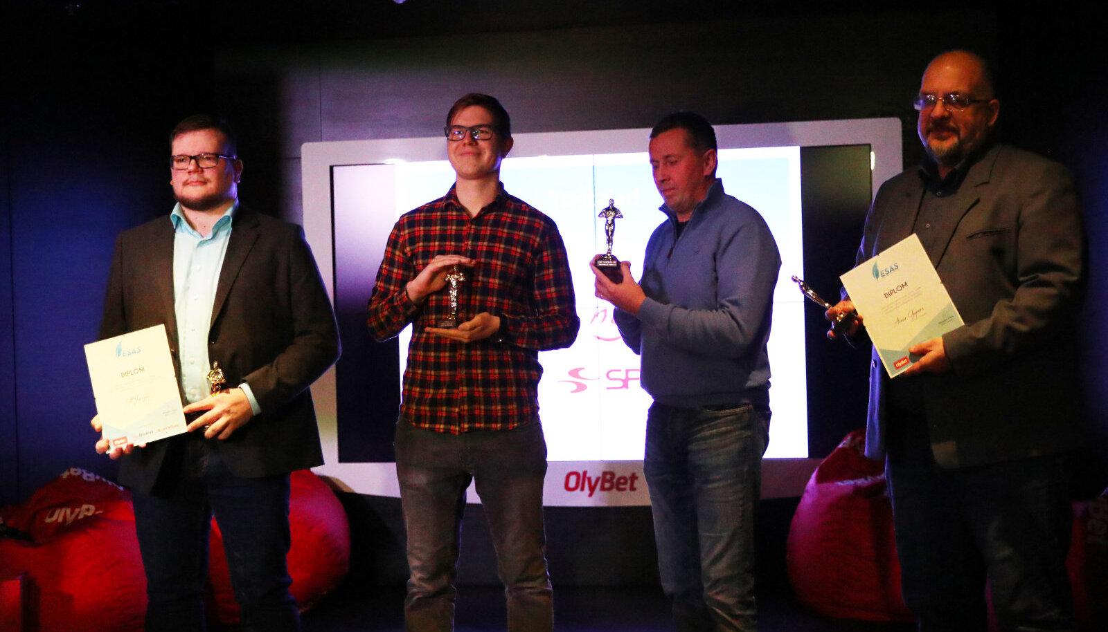 Laureaadid Ott Järvela (vasakult), Mart Treial, Tairo Lutter ja Aivar Ojaperv