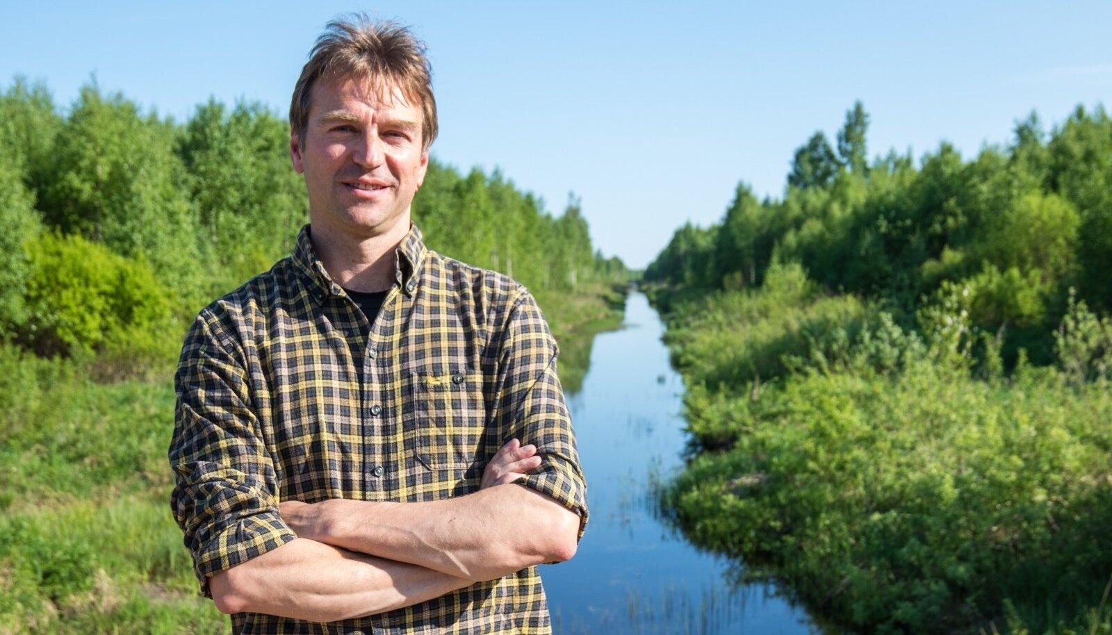 Valdur Mikita ja Kääpa jõgi.
