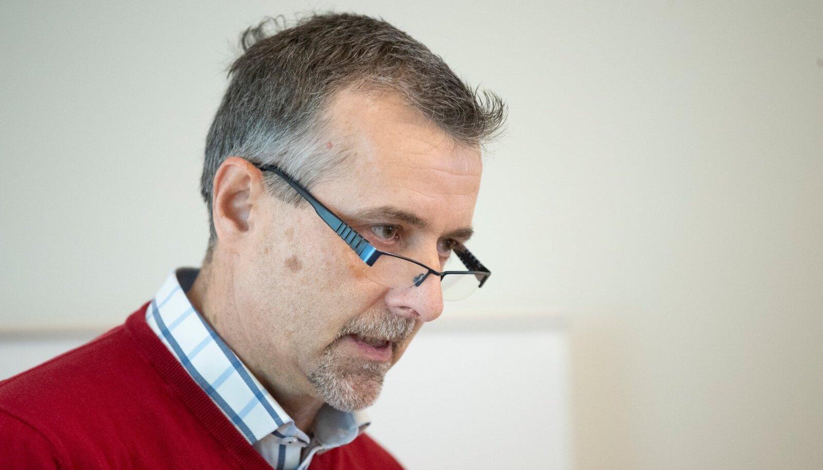 Saarioninen Eesti juht Aivo Varem