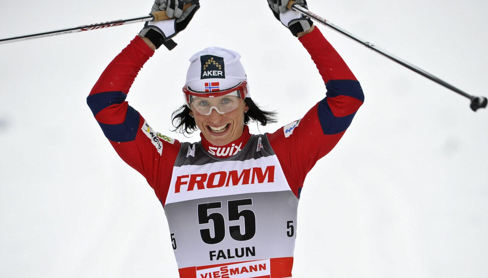 Björgen aastal 2011 oma edukaima perioodi alguses Falunis võidutsemas.