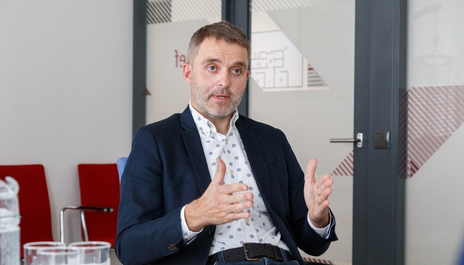 AKI peadirektoriks saama pidanud Marko Aavikule võis saatuslikuks saada 10 000 eurot Euroopa Nõukogus teenitud tulu.